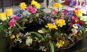 easterlivingroom_floral-table-wreath
