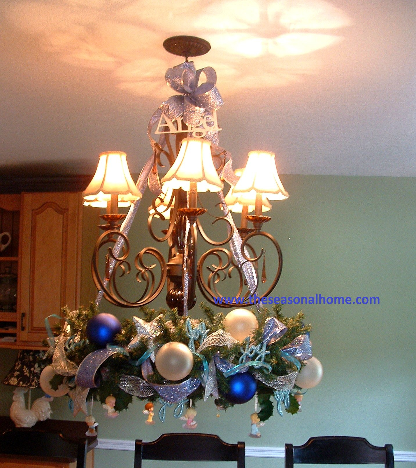 Chandelier Wreaths (for Fall & Christmas) « The Seasonal Home
