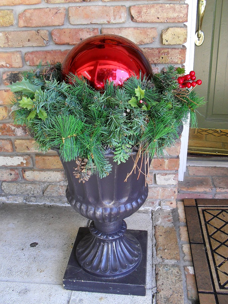 "Jack Stacks! Adding a ""Cute Spook"" to your Garden Urns « The"