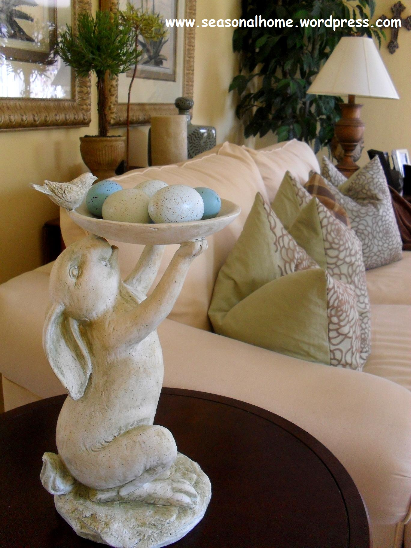 No cal chocolate bunnies for easter lol the for Home goods easter decorations