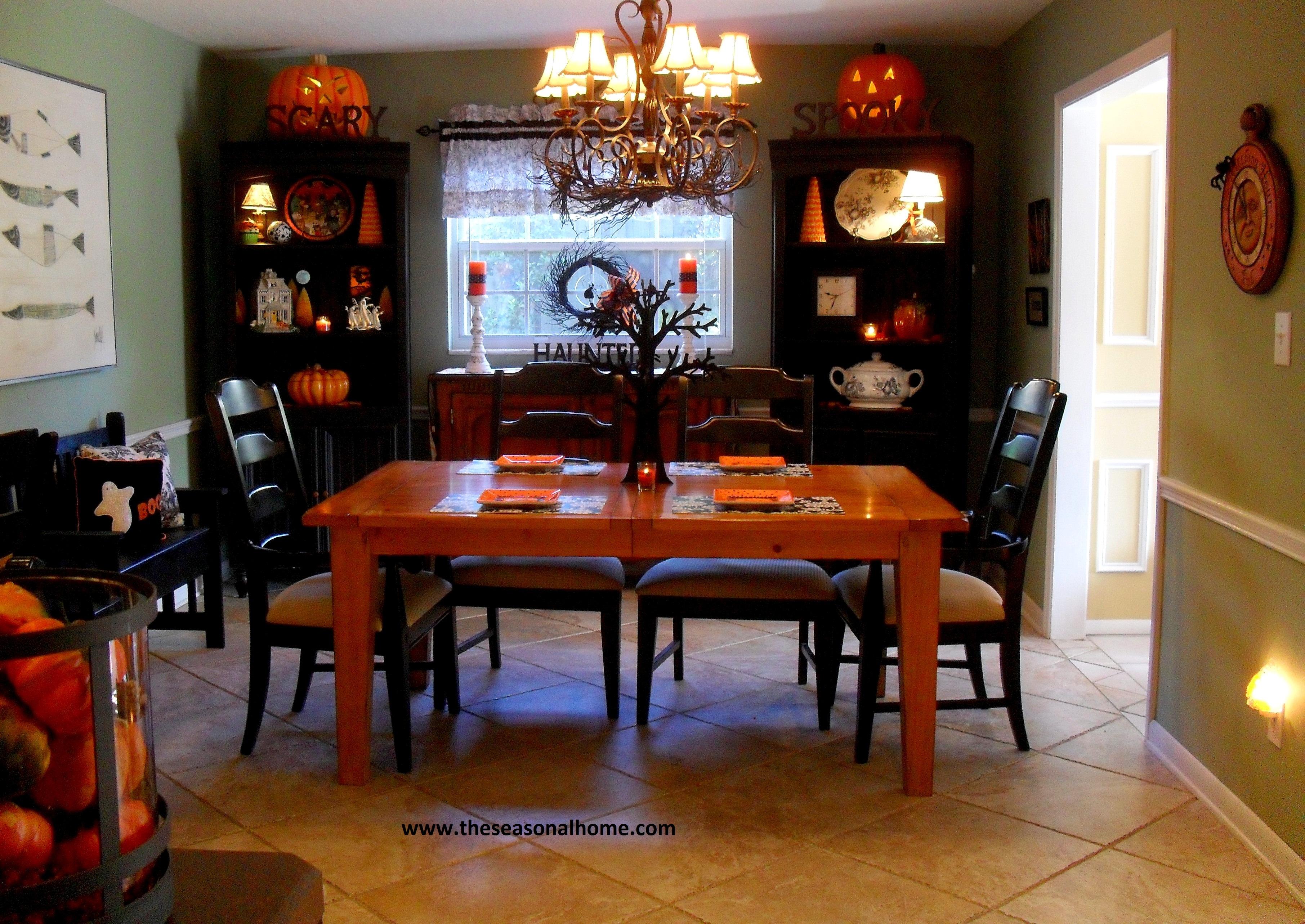 halloween 2011 the seasonal home. Black Bedroom Furniture Sets. Home Design Ideas
