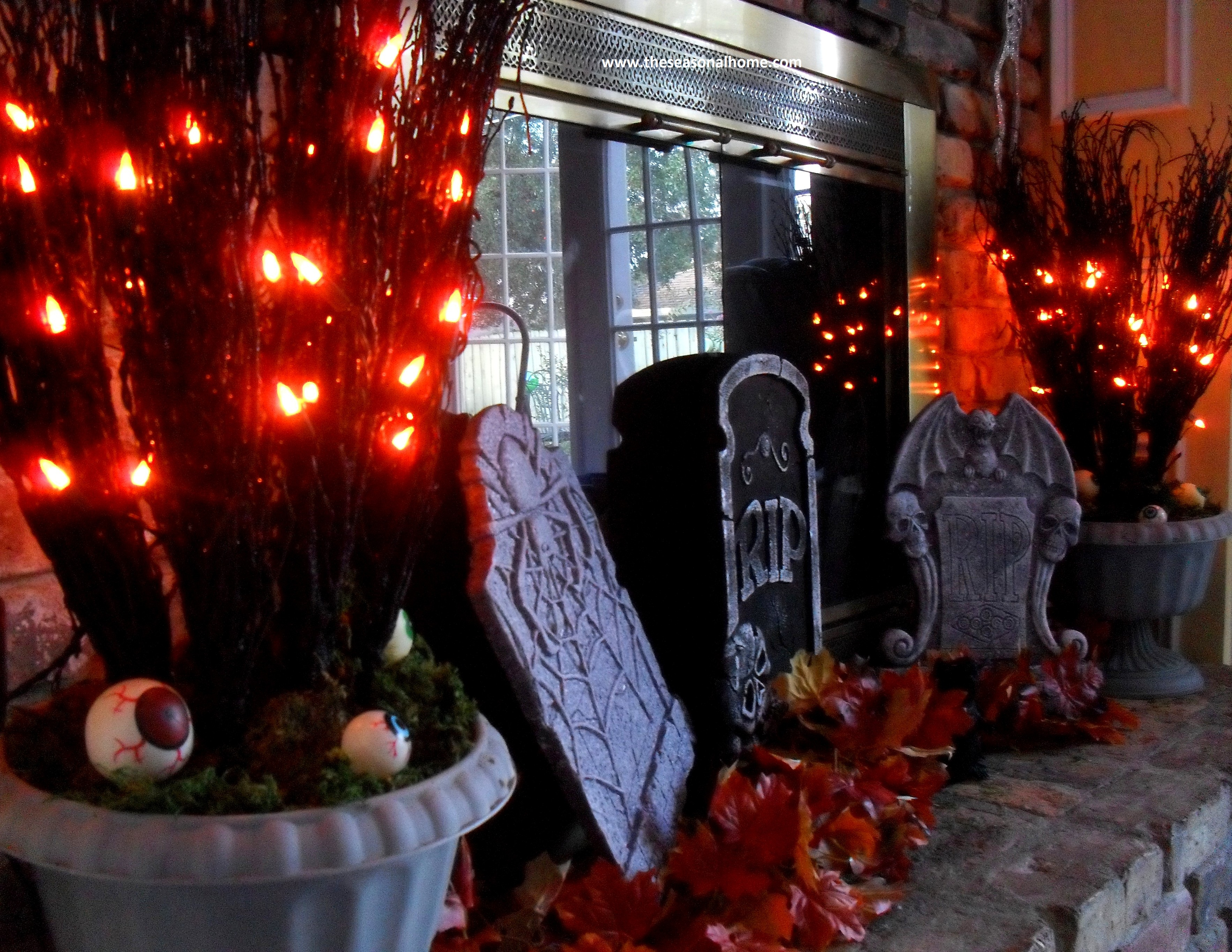 A Thrifty Decorating Theme For Halloween